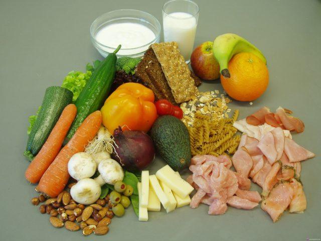 Иногда врачи настаивают на переходе больного артритом рук на полностью вегетарианскую диету