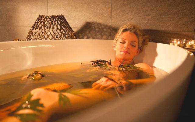 Лечить суставы такой ванночкой очень просто