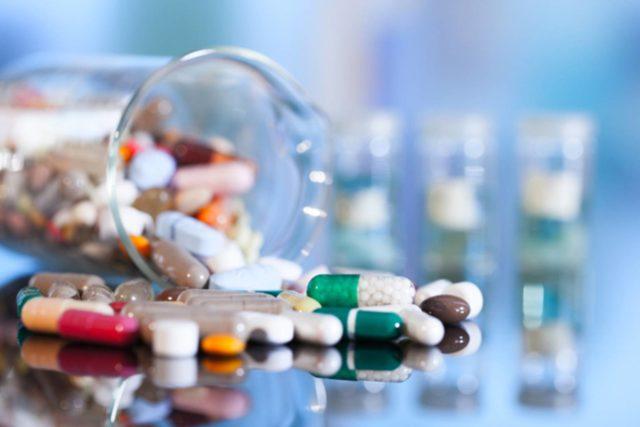 Антибактериальные средства назначаются при инфекционной природе заболевания