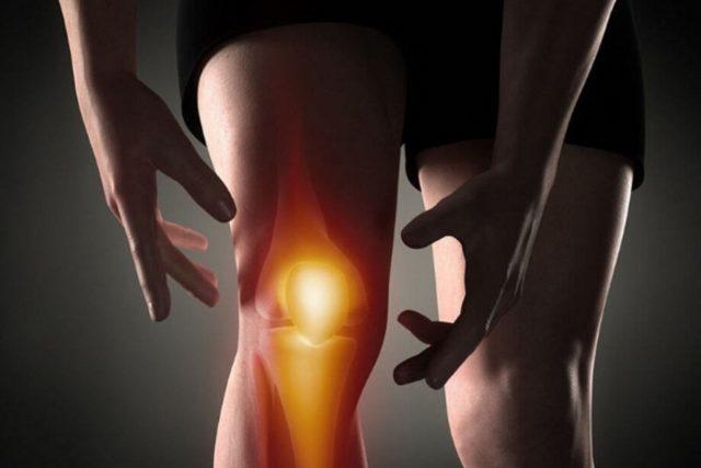 Артроз зачастую долго не проявляется, нередко пациенты приходят на приём к врачу со второй, среднетяжёлой стадией заболевания