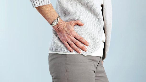 Начинается все с изменения суставного хряща, который истончается и теряет свойство амортизировать нагрузки
