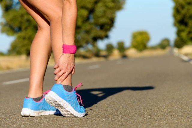 Из суставов стопы наибольшая нагрузка приходится на голеностопный сустав