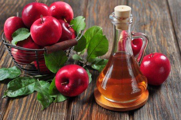 Компресс с яблочным уксусом устранит боль в воспаленном суставе