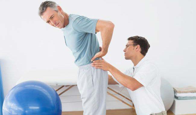 Для сохранения подвижности грудной клетки необходимо выполнять дыхательные упражнения
