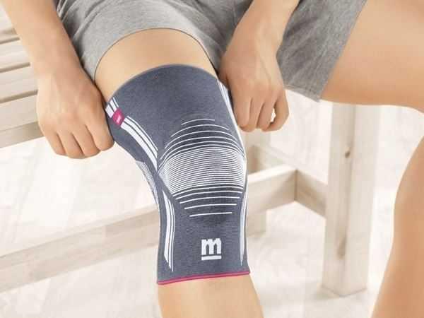 Если носить маленький, он будет передавливать ногу, а большой, болтаясь на ней, не сможет выполнять свои прямые функции поддержки пораженных тканей