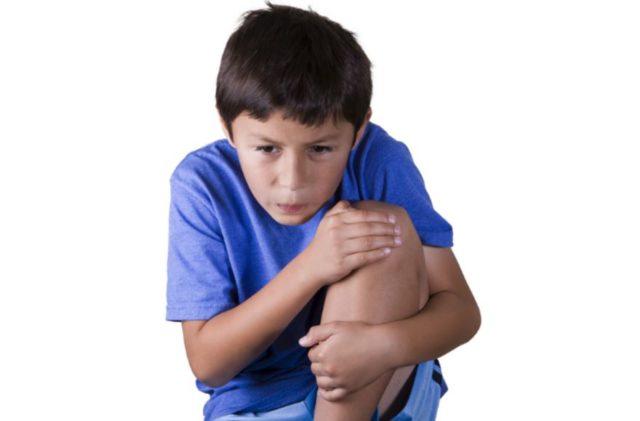 Воспаление сустава принято считать реактивным, если оно развивается не самостоятельно, а из-за какой-либо инфекции организма, вызванной микробами или вирусами