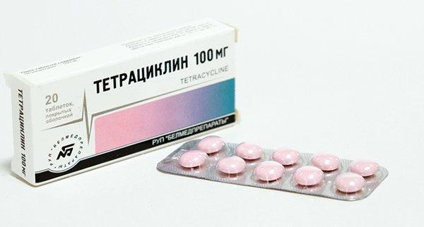 Они имеют высокую активность против хламидийной и энтерококковой флоры, хорошо распределяются в костной ткани