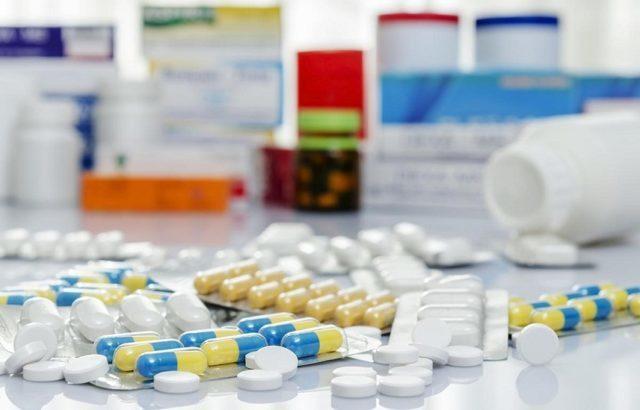 На первых этапах достаточно применять медикаментозную терапию