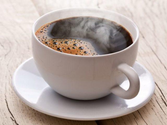 Эпизодически выпиваемый кофе может усилить симптомы у больных