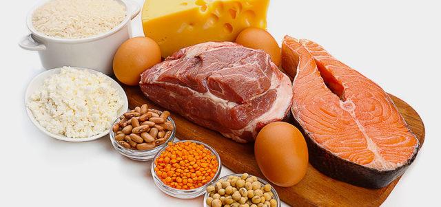 Следует помнить, что при этом серьезном заболевании недостаточное или чрезмерное потребление какого-то пищевого компонента может усугублять течение артроза коленного сустава