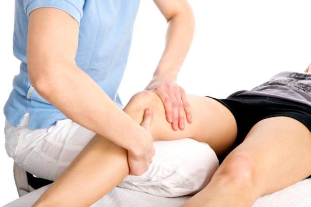 Правильно выполненный массаж при артрозе коленного сустава способен существенно облегчить неприятные симптомы этого недуга