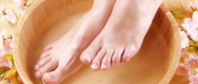 Чем парить ноги болят пятки thumbnail